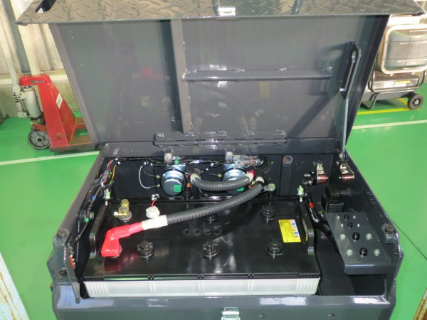 バッテリーBOX